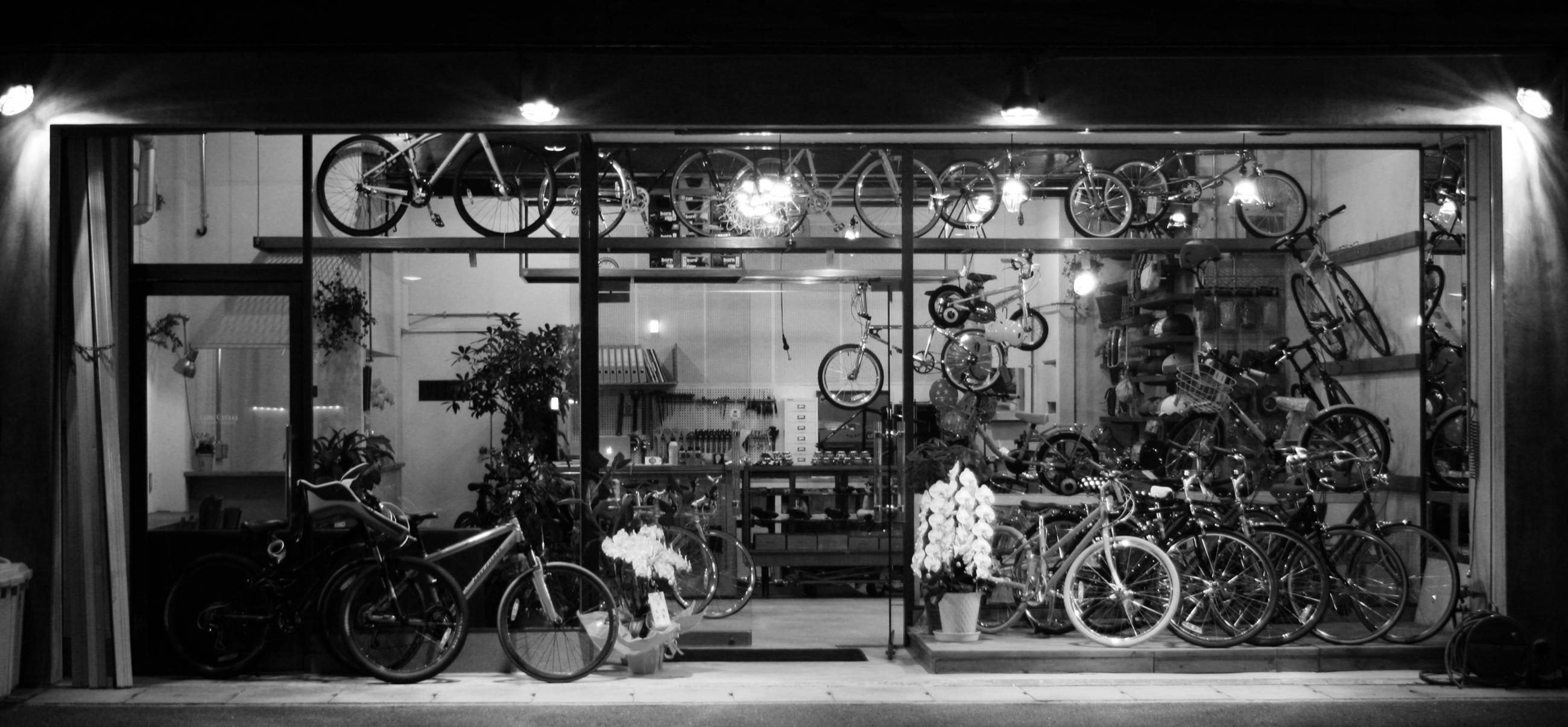 京都、岩倉のまちの自転車屋さん...